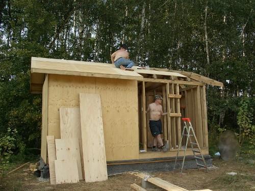 Дачный домик из фанеры