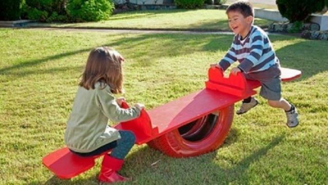 Качели из шин для детей
