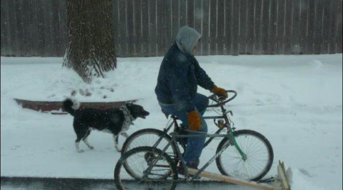 Снегоуборщик из велосипеда