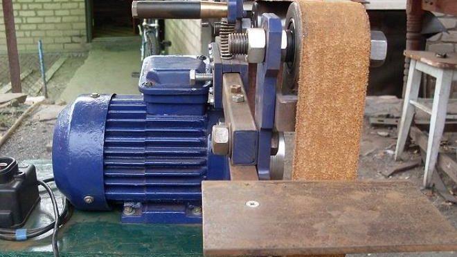 Как сделать мини ленточно-шлифовальный станок своими руками
