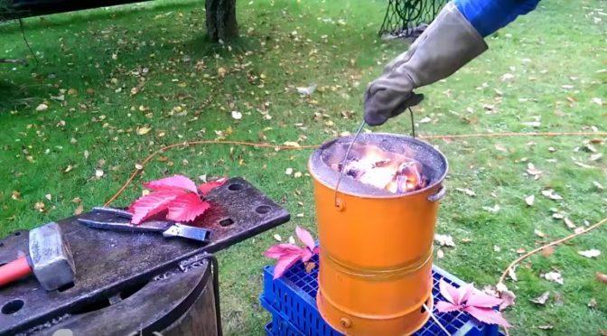 Как сделать плавильную печь-горн из ведра своими руками
