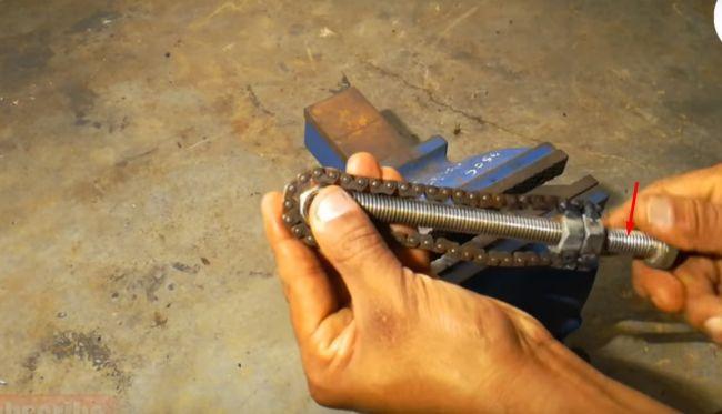 Универсальный ключ из цепи и профиля своими руками 66