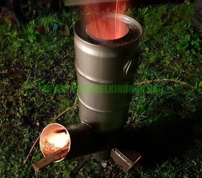 печь ракета из кислородного баллона