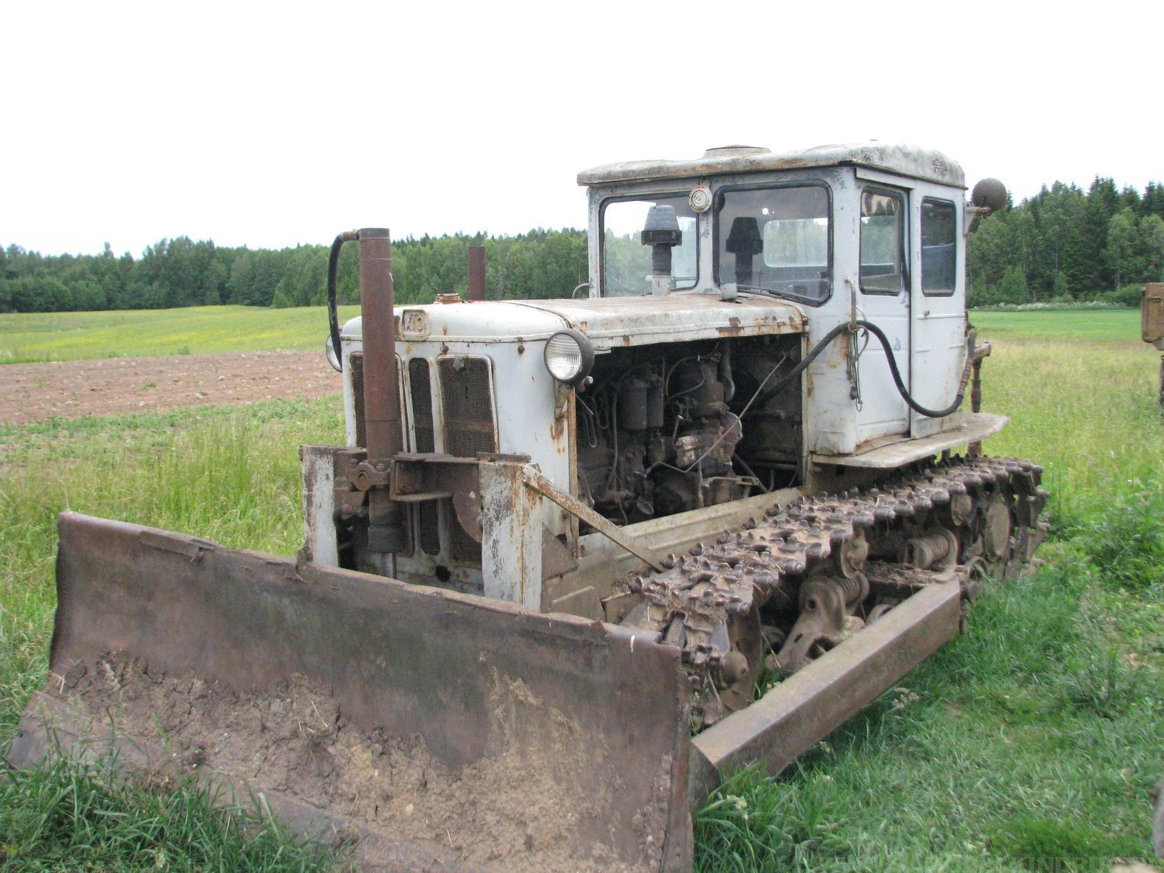 гусеничный трактор Т-74 ХТЗ