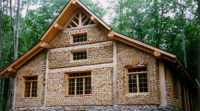 Экодом из дров и глины