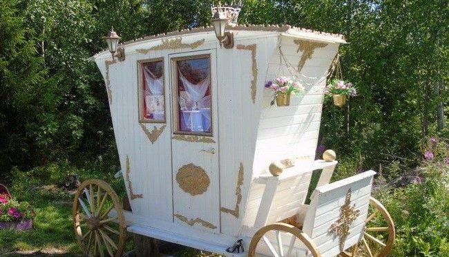 Дачный туалет «Царская карета»