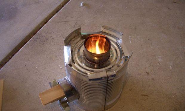 Как сделать походную печь-ракету из жестяных банок своими руками