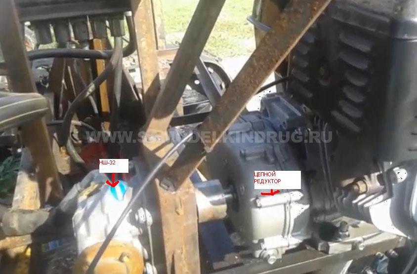 двигатель и насос экскаватора